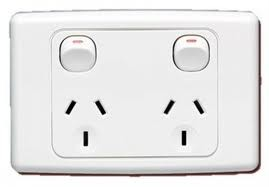 10-x-POWER-POINTS-CLIPSAL-2000-SERIES-TWIN-SWITCHED-SOCKET