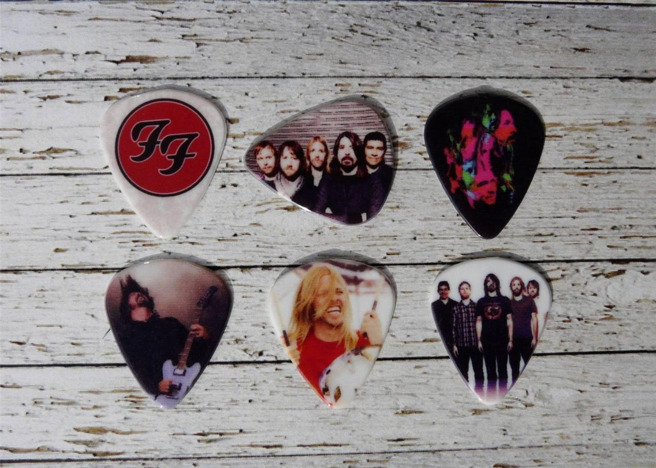FOO-FIGHTERS-custom-electric-or-acoustic-guitar-plectrums-picks