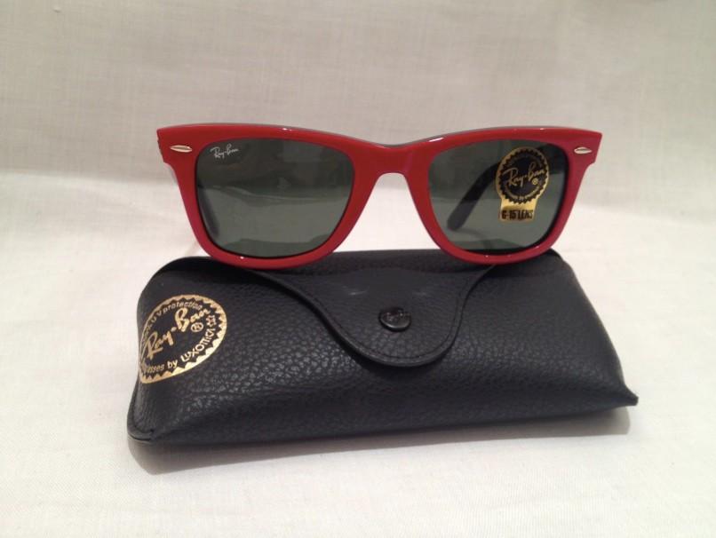 cost of oakley sunglasses  wayfarer sunglasses