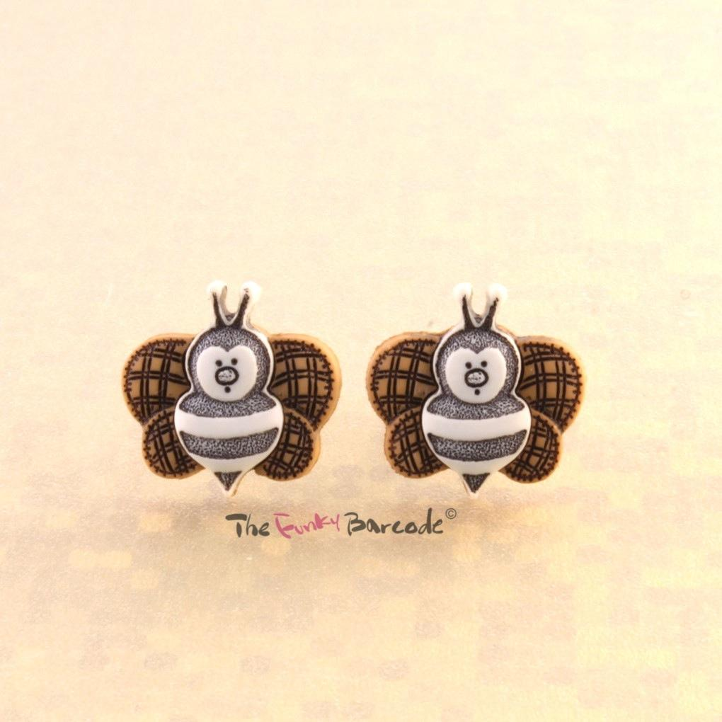 Funky insect stud earrings girls sweet retro bug kitsch for Quirky retro gifts