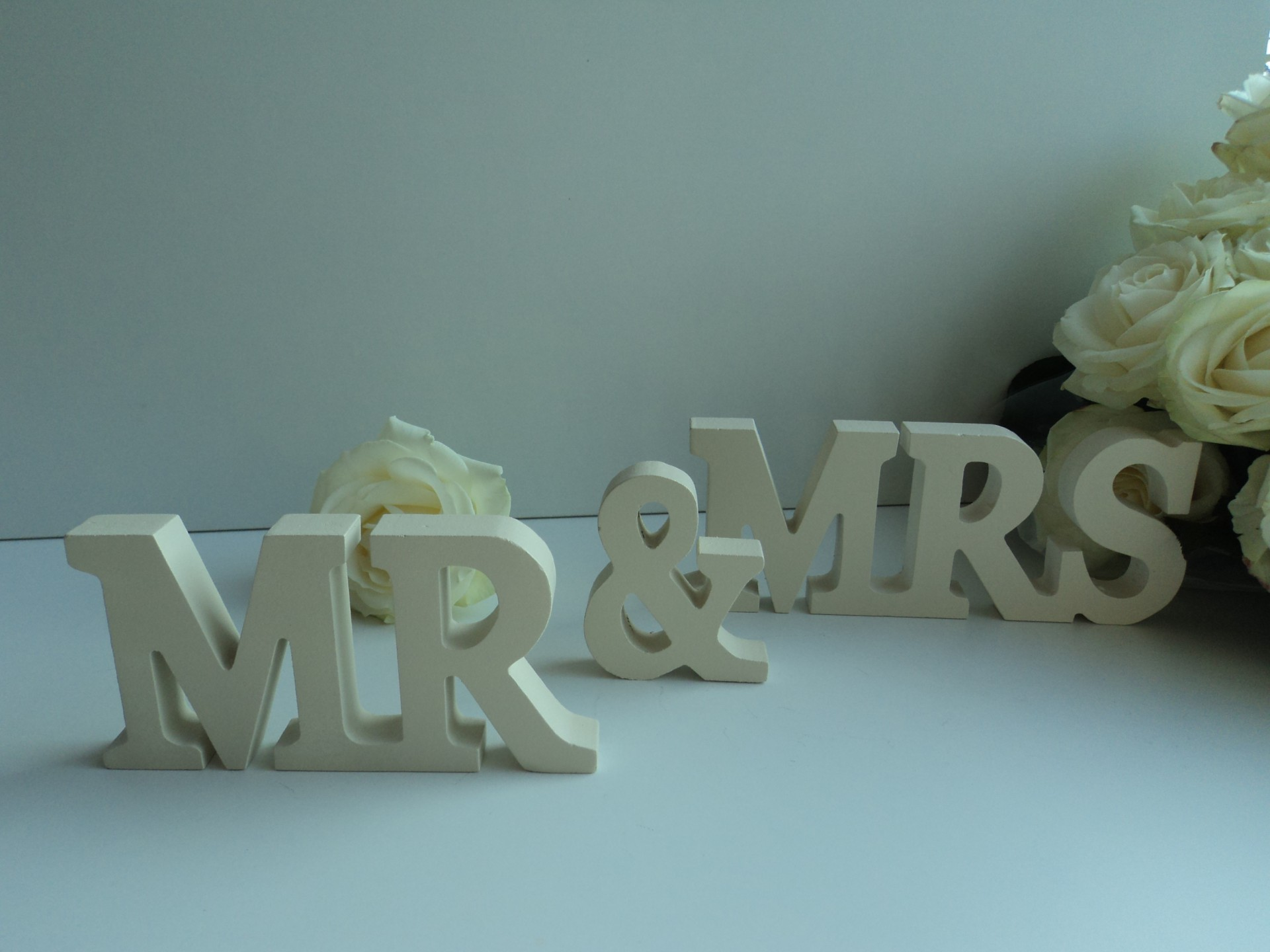 New mr mrs letters sign wedding gift silver cream wood for Furniture 5 letters