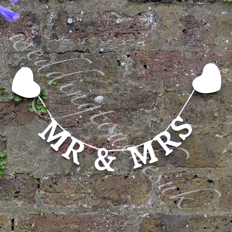 Mr & Mrs Garland Happy Ever After Bride & Groom Garland Wedding Heart Bunting