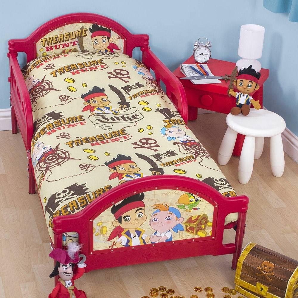 Junior bedding beds with mattresses mince his words for Jake quilted bedding