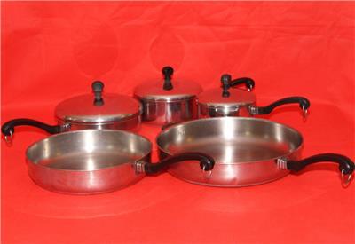lot of 5 farberware pcs 1 1 5 qt pots 8 10 12 inch frying pans and 3 lids ebay. Black Bedroom Furniture Sets. Home Design Ideas