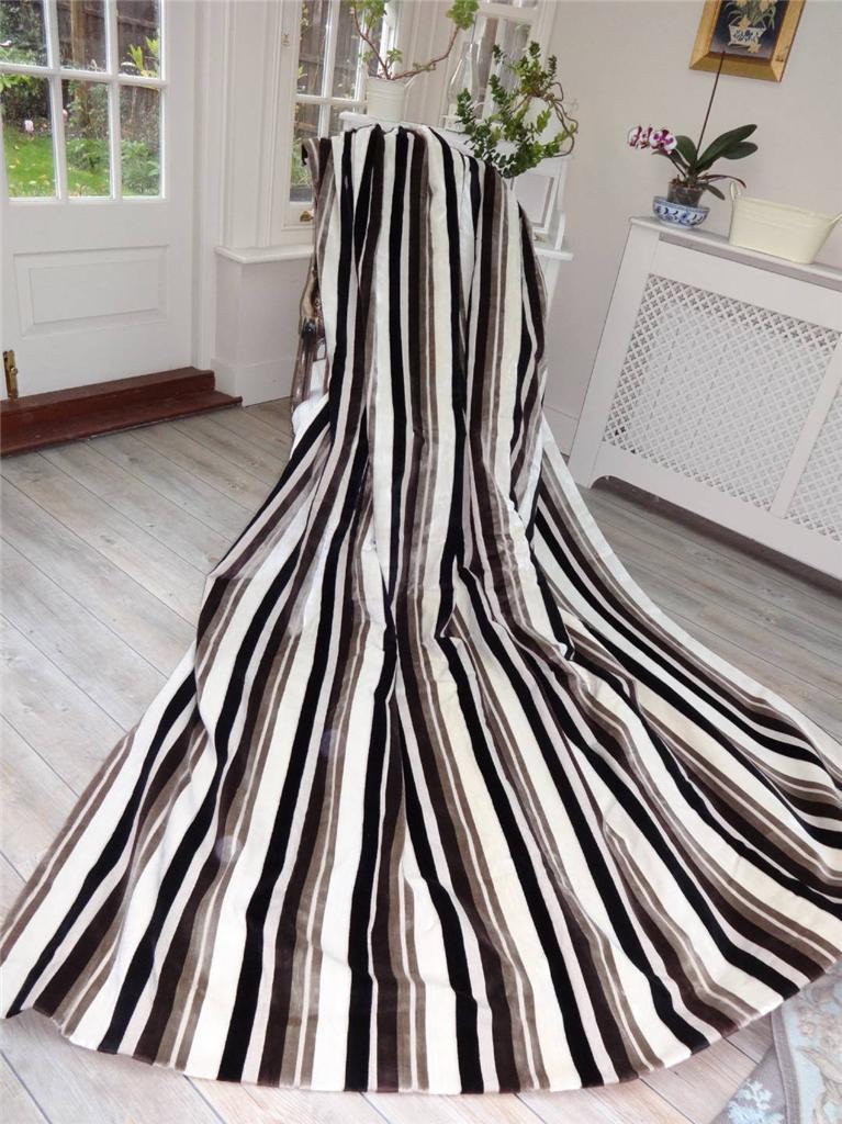 Fabulous Huge 80 X100 Black Cream Velvet Stripe Interlined Thermal Curtains Ebay