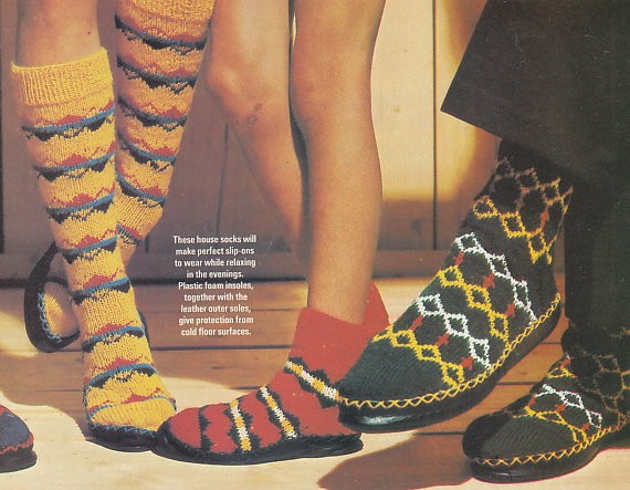 Knitting Patterns For Slippers With Leather Soles : Knitting patterns - RETRO SLIPPERS with LEATHER SOLES for the family eBay