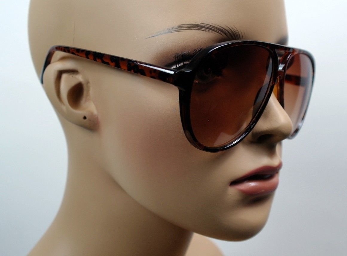 aviator designer sunglasses  celebrity designer