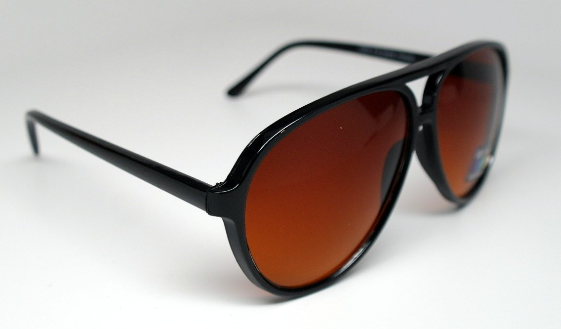 oversized black aviator sunglasses  aviators sunglasses cateye