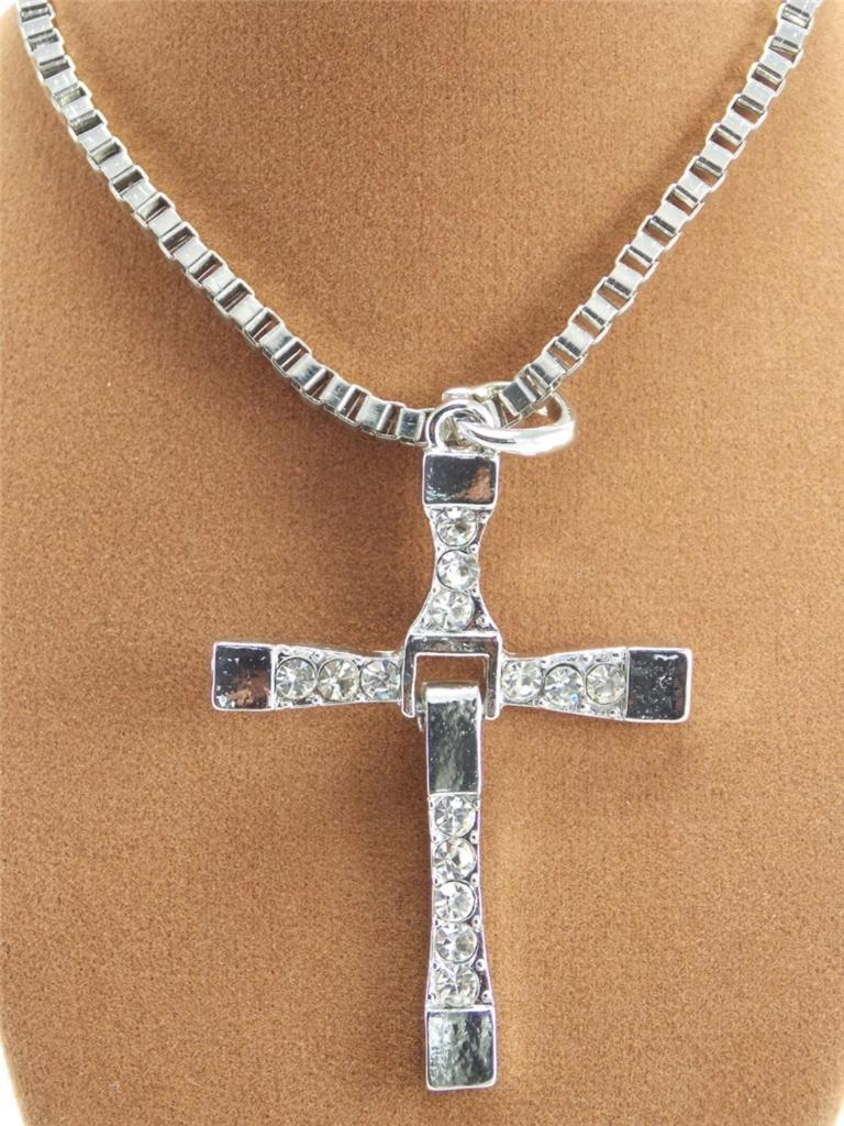 26 the fast and the furious dominic torettos cross pendant