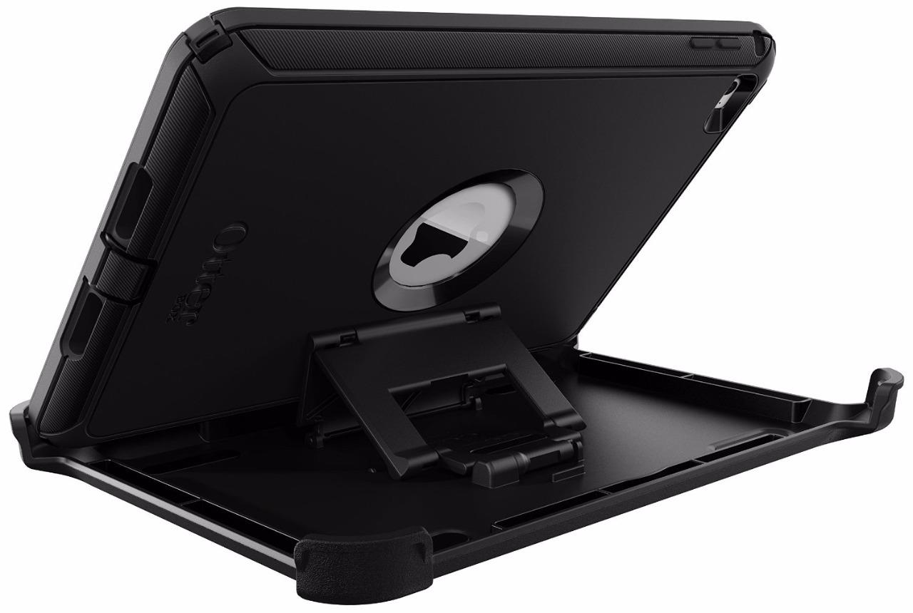 how to put on an otterbox case for ipad
