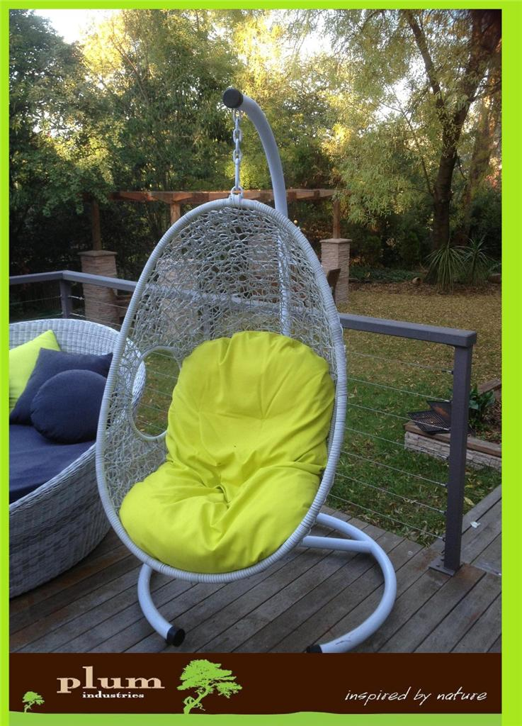 white new wicker outdoor furniture rattan hanging egg pod