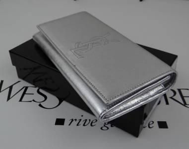 New YSL Yves Saint Laurent Belle De Jour Silver Patent Leather ...