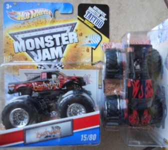 2011 hot wheels 124 scale grave digger 3 times monster jam chion