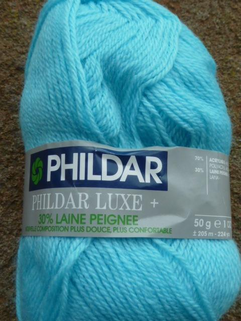 50g-BALL-4PLY-KNITTING-CROCHET-YARN-WITH-30-WOOL-PHILDAR-LUXE