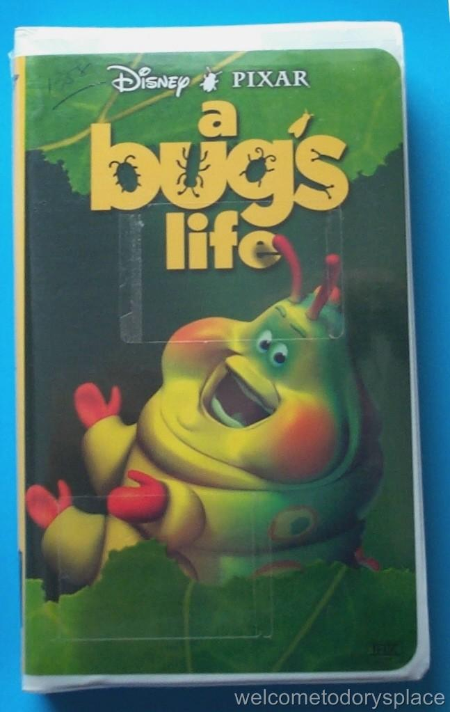 424506776 o jpg  A Bugs Life Vhs