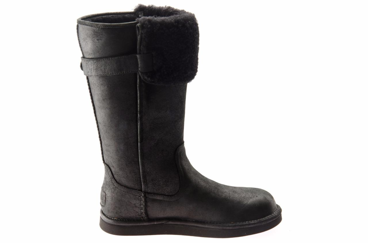 ugg wilowe black water resistant leather sheepskin classic