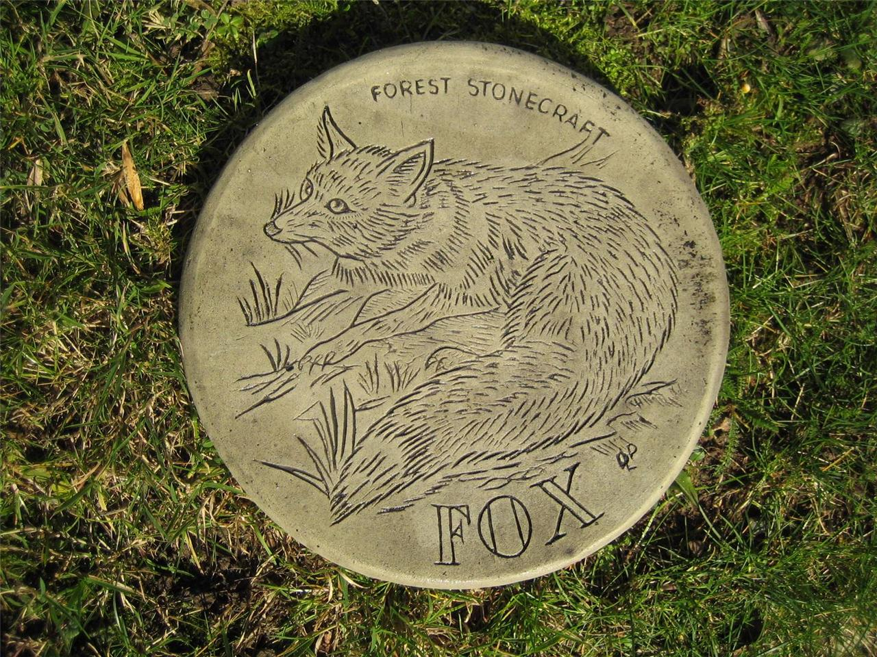 Stepping stone fox garden ornament 57 other designs in for Garden stepping stone designs