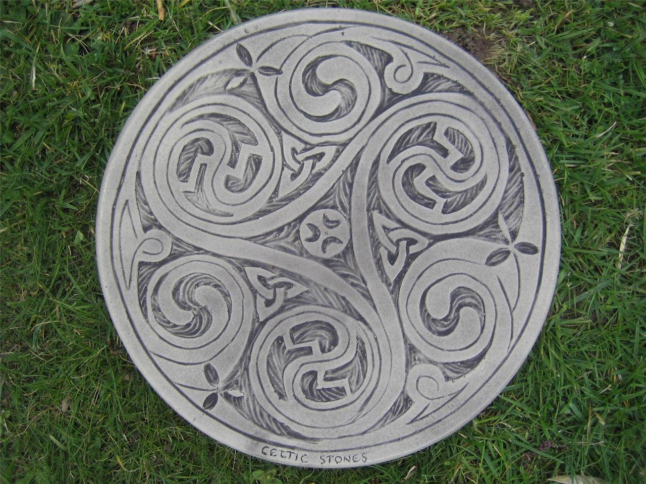 Stepping stone celtic 3 swirl 57 other designs in my for Celtic garden designs