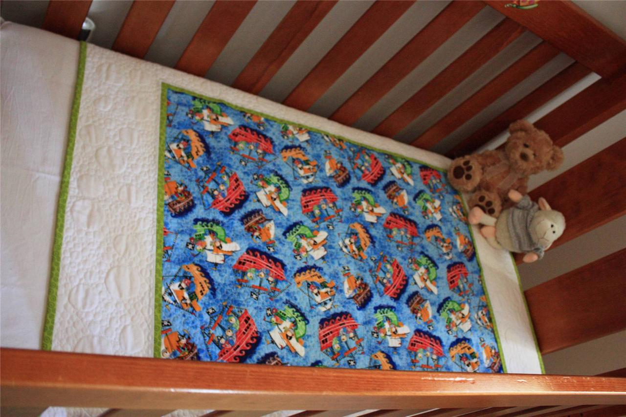 Cot toddler quilt 39 pirate boys 39 baby boy cot floor wall for Floor quilt for babies