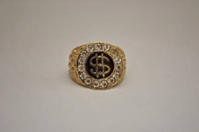 Gold ring casino