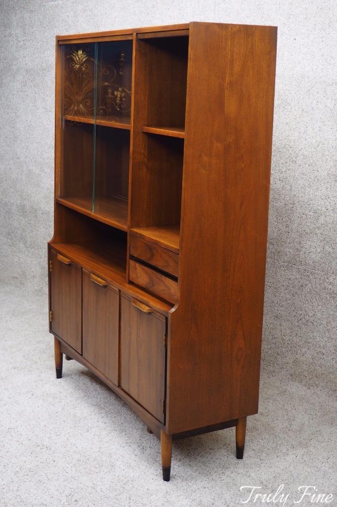 Kipp Stewart Styled MID Century Modern China Curio Display Cabinet ...