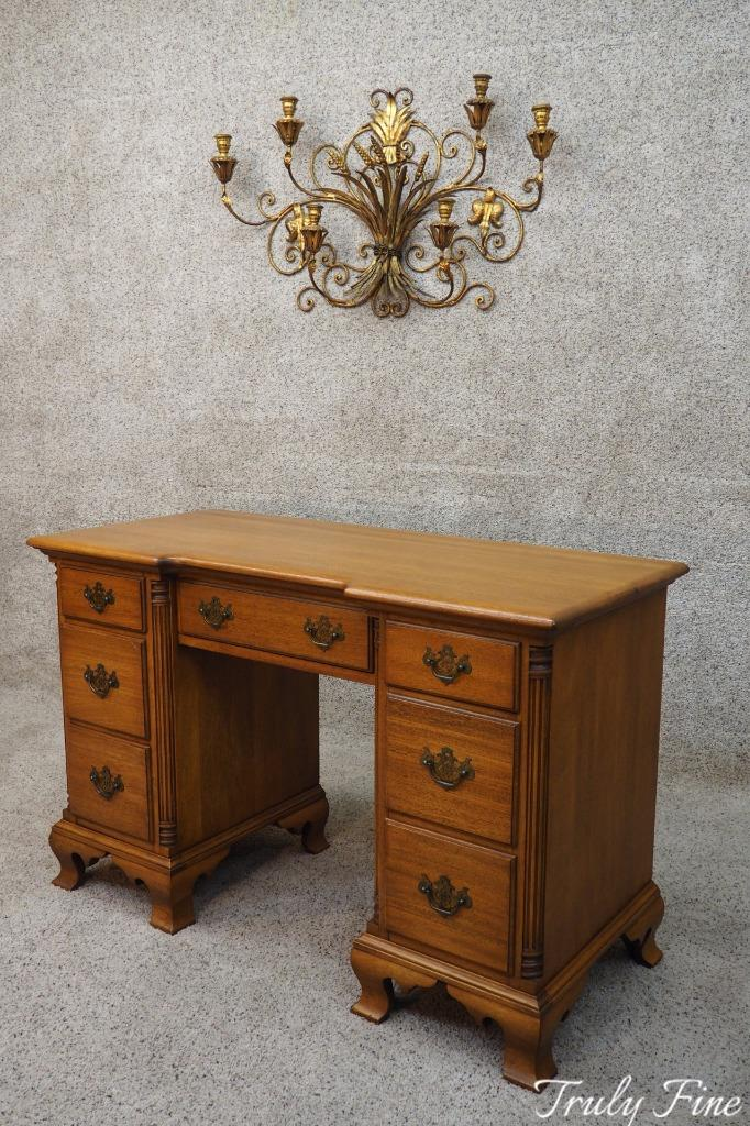 Image is loading KLING-of-NY-Solid-Gold-Mahogany-Antique-Vanity- - KLING Of NY Solid Gold Mahogany Antique Vanity Writing Bedroom Desk