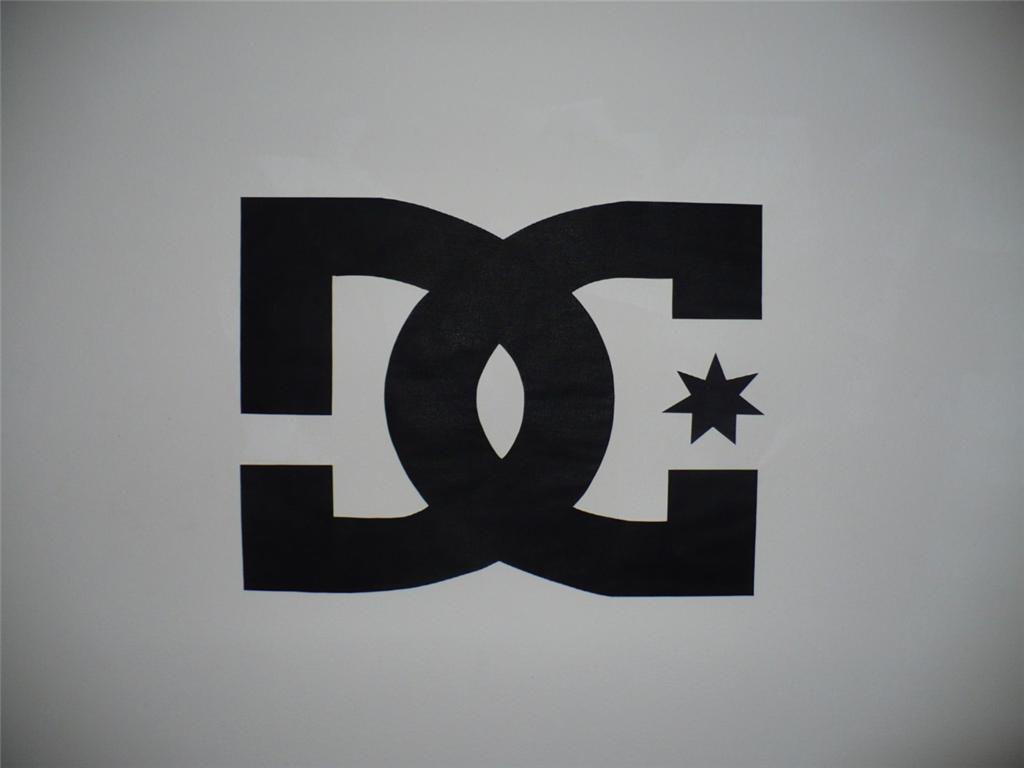 Dc Shoes Logo Wallpaper Mural Ebay