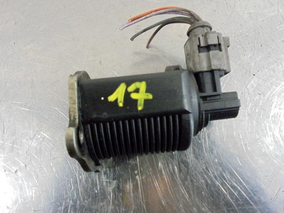 renault clio mk2 1 5 dci egr valve. Black Bedroom Furniture Sets. Home Design Ideas