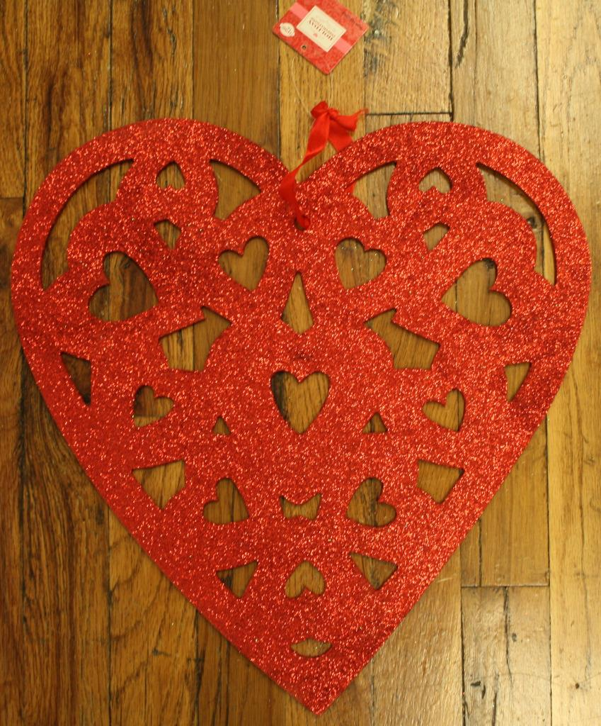 Holiday Inspirations Valentines Day Wall Hanging Heart
