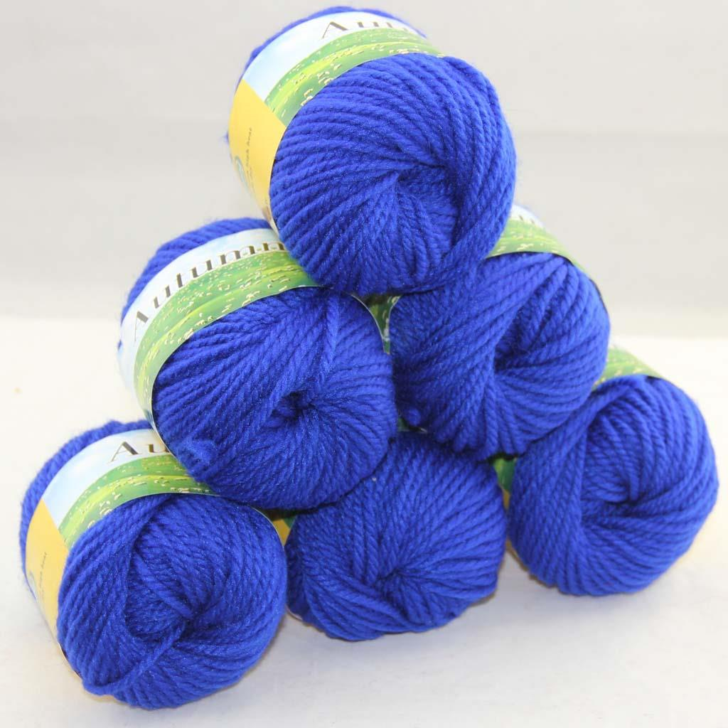 Hand Knitting Yarns : Sale lot of balls gr worsted chunky soft warm wool