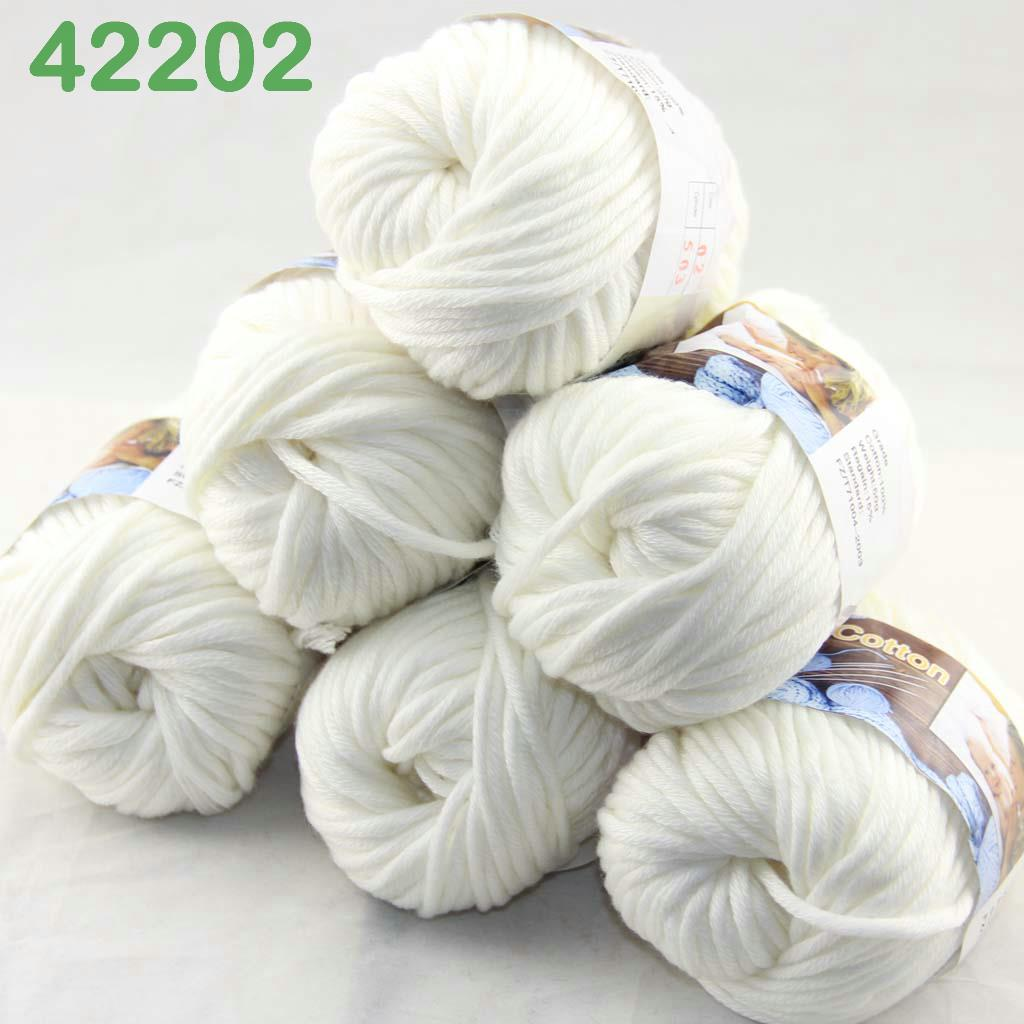 Knitting Yarn Uk Sale : Sale lot of ballsx g smooth special thick worsted cotton