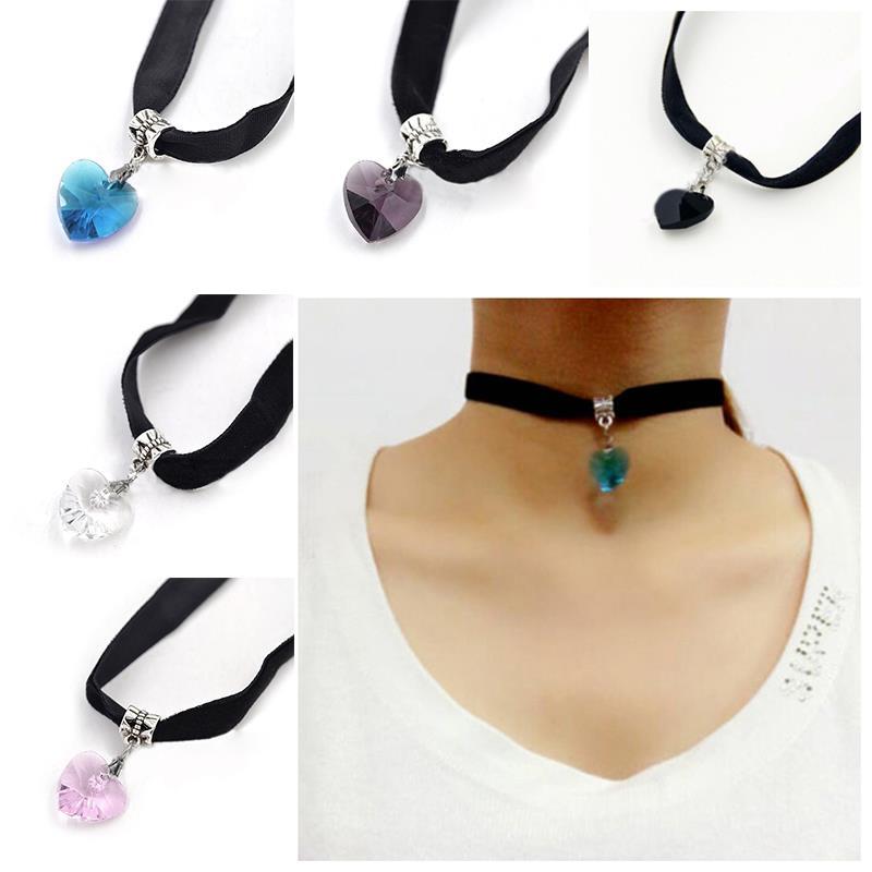 Girl's Crystal Heart Pendant Velvet Choker Necklace Collar