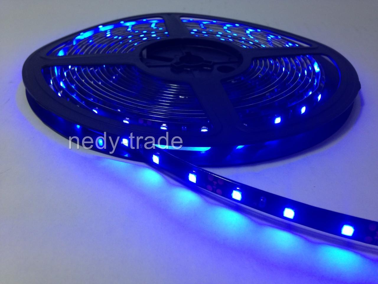 24v led leiste blau wasserdicht 5m 300 led streifen strip lichter auto lkw kfz ebay. Black Bedroom Furniture Sets. Home Design Ideas