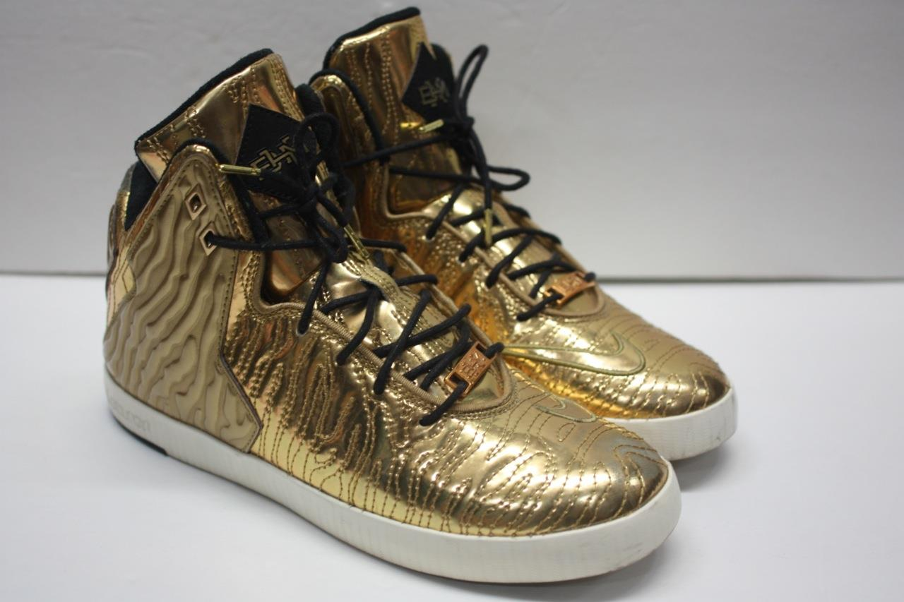 Limited Edition Gold Lebron NSW Lifestyle BHM Pack Price reduction Sz 8.5 Seasonal price cuts, discount benefits
