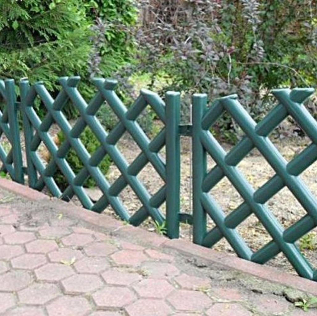 Plastic garden fence panels boarder lawn palisade edge