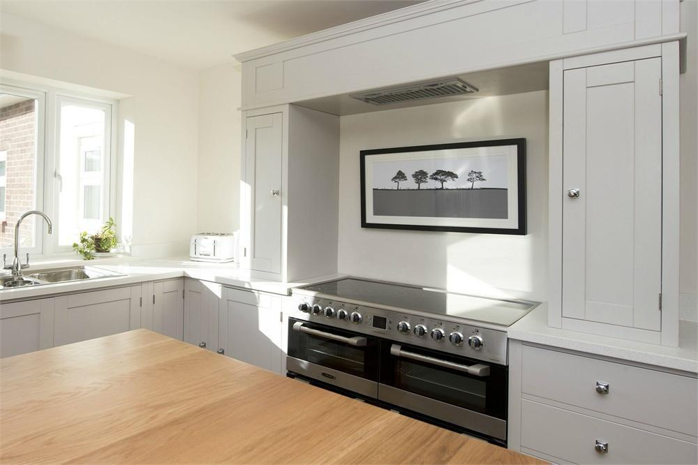 Stunning handmade painted kitchen cooker surround units for Separate kitchen units