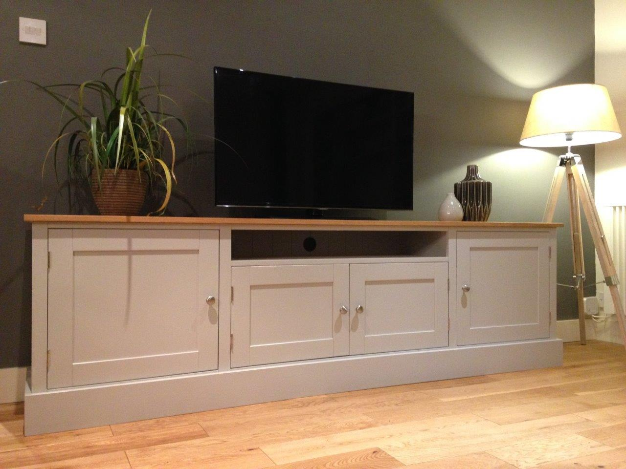 new solid pine oak 7ft tv unit stand cabinet painted. Black Bedroom Furniture Sets. Home Design Ideas
