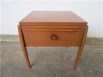C50060 Funky Vintage RETRO Teak Bedside Side Table EBay