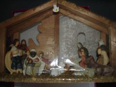 New Set 11 PC Ceramic Porcelain Nativity Christmas Tree Ornaments Stable Barn