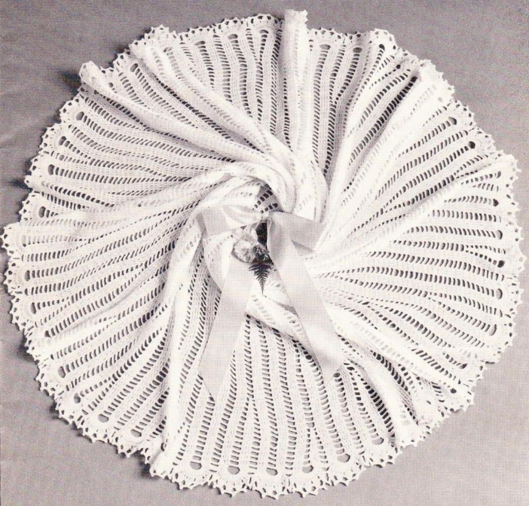 VINTAGE CIRCULAR SHAWL 54 3ply Baby crochet pattern eBay