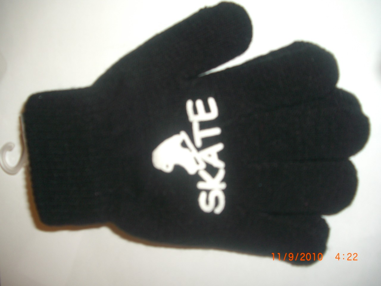 ice-edge-gloves-with-skate-motif-ALL-COLOURS-AVAILABLE