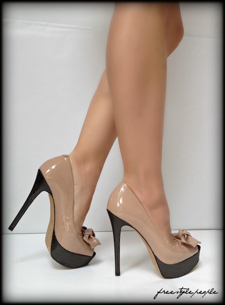 Jessica simpson nude pumps Size 41 eBay