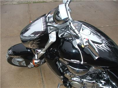Honda Vtx Pelzer additionally Enginselectriques further Honda Vtx 1800 Motorcycle m7DrAjdljlHRV8rVcYzN0sg8duRZEJf6lYY4Anft xs together with Bikerallies additionally Driver Backrests. on vtx 1800 street bike rider