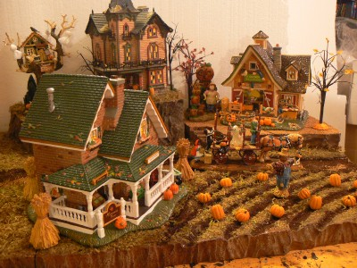 Lemax Halloween Village