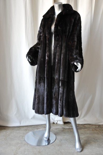 giuliana teso neiman marcus black brown ranch mink fur. Black Bedroom Furniture Sets. Home Design Ideas