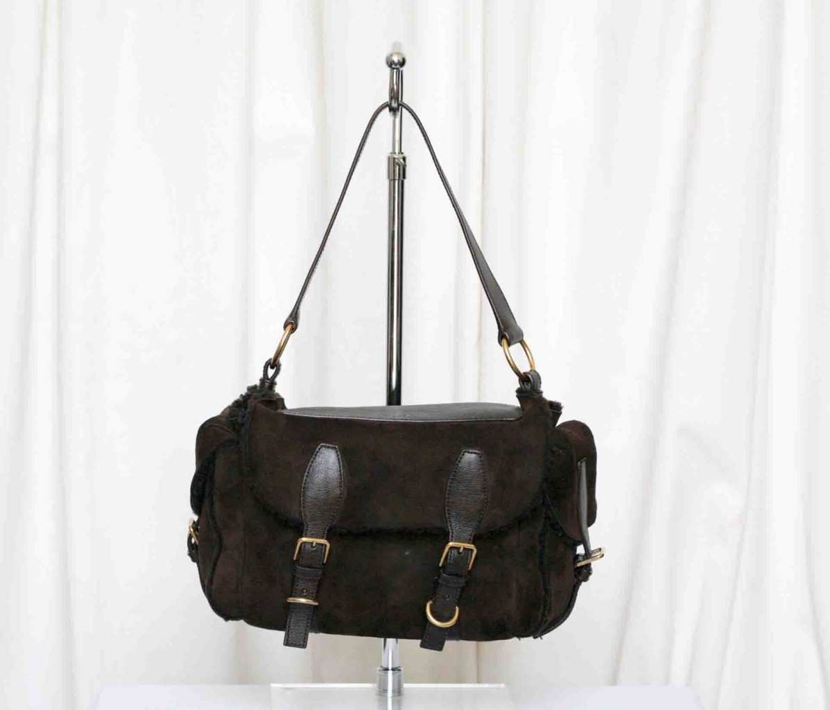 Yves Saint Laurent Shearling Sac Aspen Handbag Bag on PopScreen