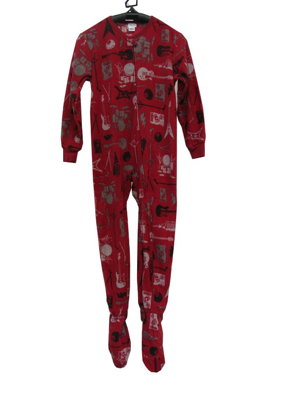Boys' pyjamas & dressing gowns from M&S featuring cartoon favourites The Gruffalo, superheroes, Star Wars™ and much more. Marks & Spencer London.