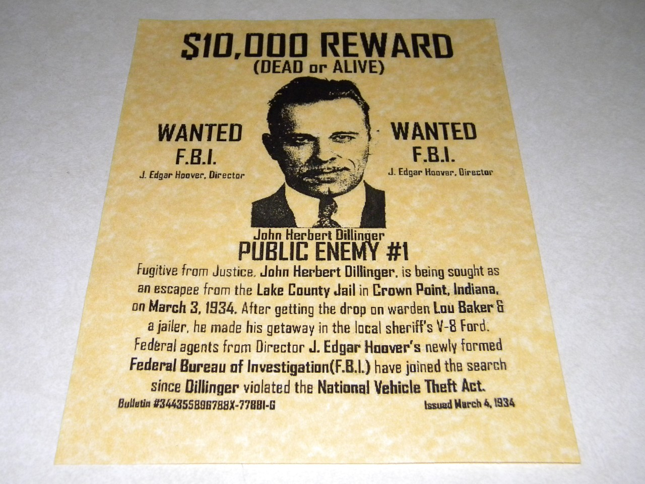 JOHN DILLINGER WANTED POSTER REPRODUCTION ON 24LB PARCHMENT PAPER – Real Wanted Poster