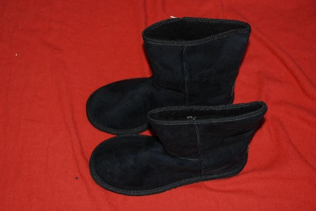 New-QUIKSILVER-Short-UGG-BOOT-MENS-Size-10-Microsuede-Black-RRP-49-99