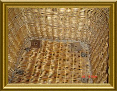 Antique england victorian c 1880 v rare large wicker bath chair